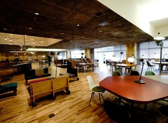 創造的なビジネスを加速させるオフィス空間「KOIL」