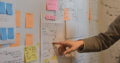 事例に学ぶ!はじめてのコーポレートサイトリニューアル 計画立案・要件定義・情報設計プロセスと CMS選定のポイント