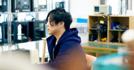 スペキュラティヴデザイナー・川崎和也が挑む AIとサステイナブルファッション
